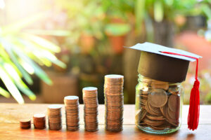 Financial tips for students: things you should know before graduating